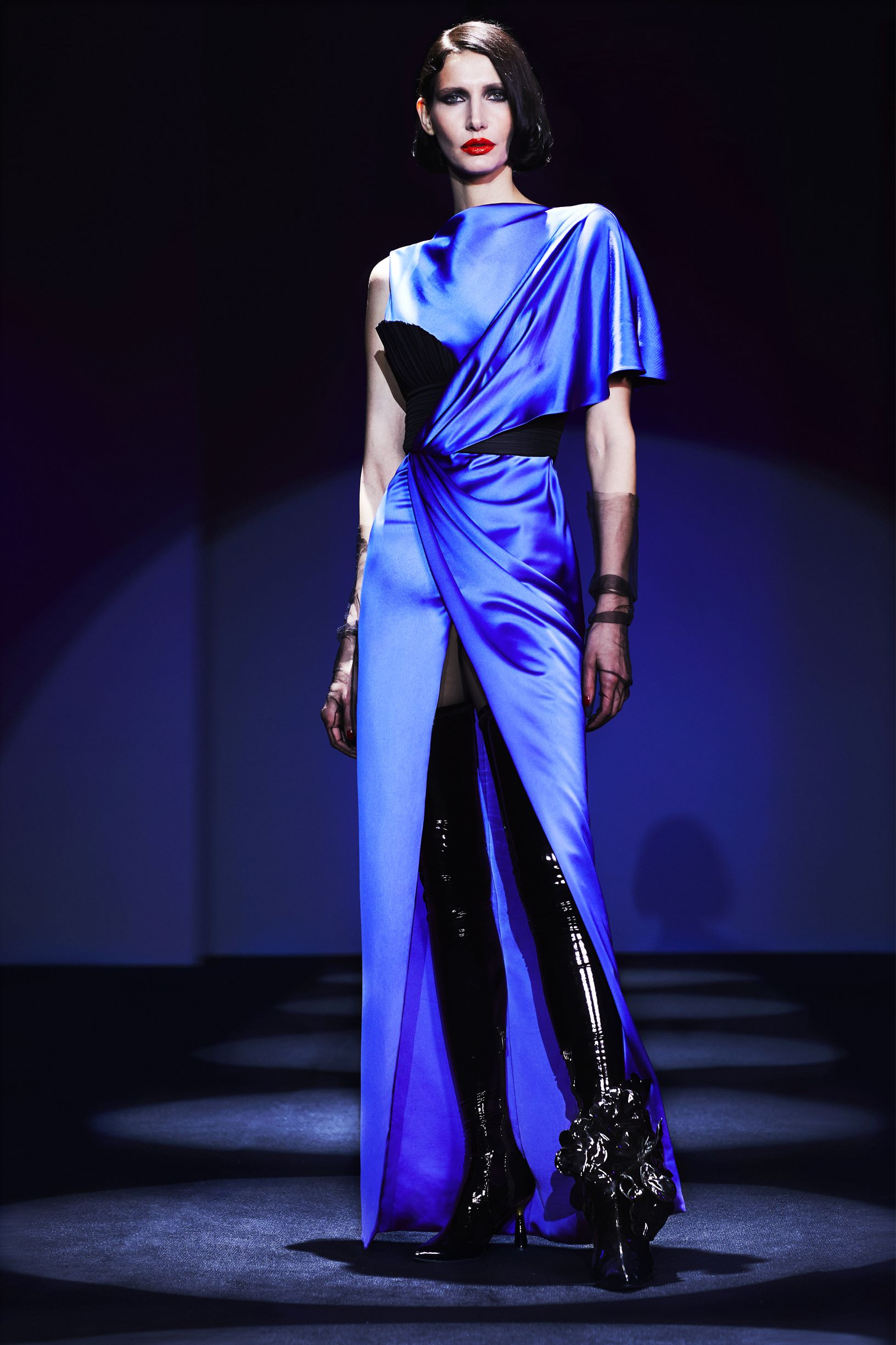 Asymetrical dress  with slit and  pleated taffeta corset